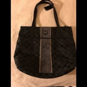 Larger tote new